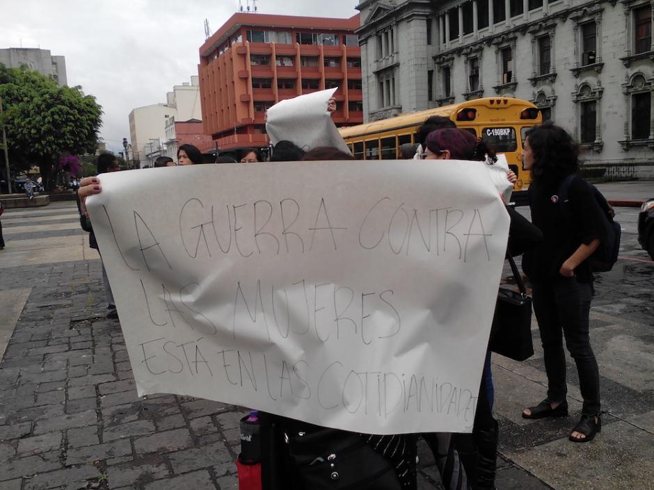 Esta fue una de las frases que resaltó en la protesta. (Foto: Wendy del Cid/Soy502)