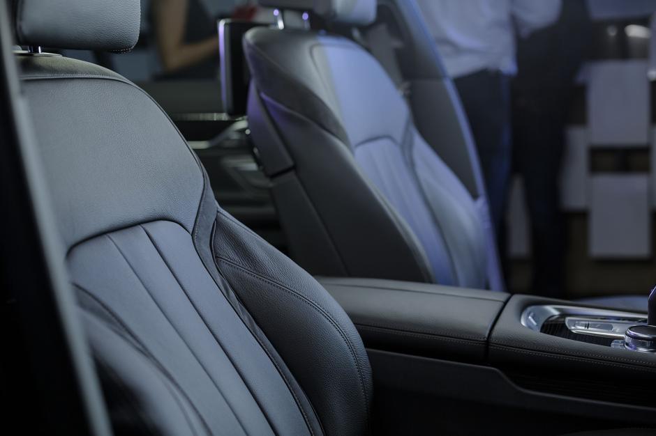 Finos acabados, característicos de BMW, sobresalen en el interior del nuevo Serie 7. (Foto: George Rojas /Soy502)