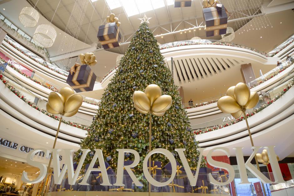 Se inauguró un exclusivo árbol navideño valorado en 350 mil dólares. (Fotos: George Rojas/Soy502)