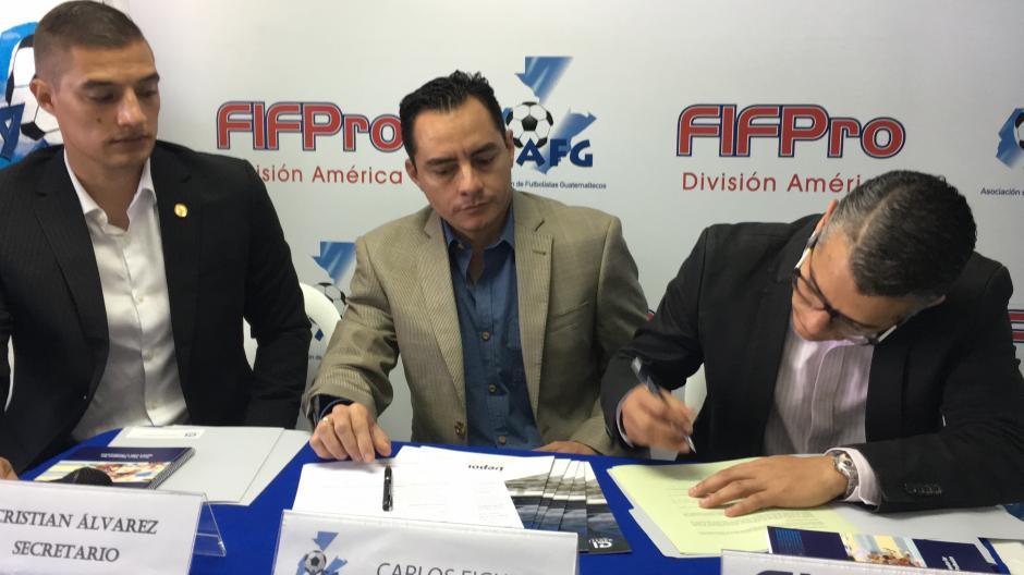 El convenio contempla la posibilidad de aplicar a los 52 programas del Instituto Cruyff. (Foto: Luis Barrios/Soy502)