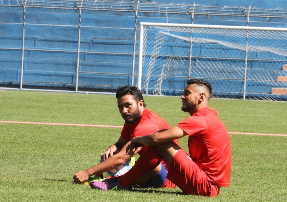 Guerra y Kamini Félix son grandes amigos dentro y fuera de la cancha.  (Foto: Luis Barrios/Soy502)