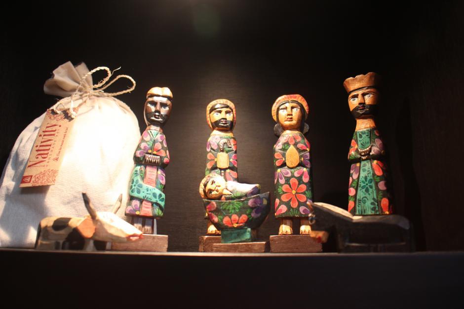 Original nacimiento tallado a mano.(Foto: Alejandro Balán/Soy502)