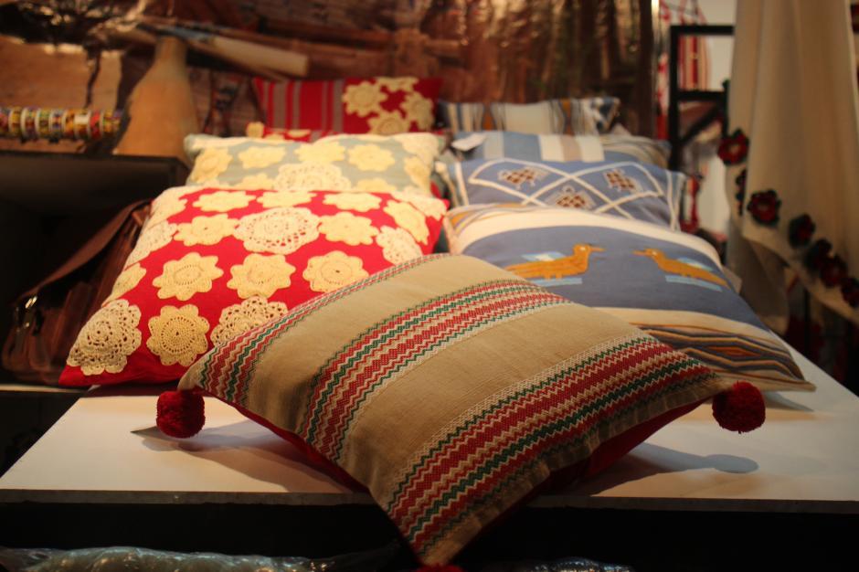También se pudieron encontrar elementos de decoración y mobiliario.(Foto: Alejandro Balán/Soy502)