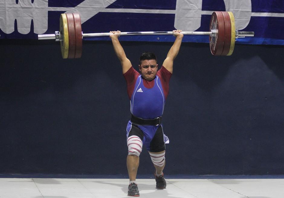 Valdizón superó al panameño Máximo Víquez en los 77 kilogramos. (Foto: Luis Barrios/Soy502)
