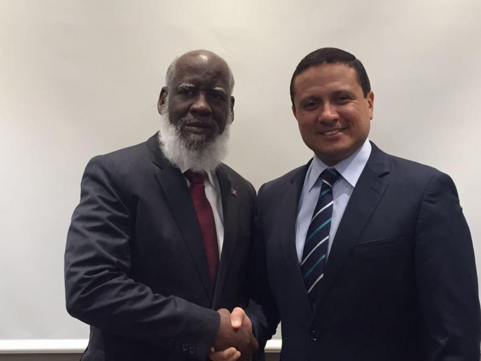 Los dos cancilleres reiteraron su compromiso porque se lleven a cabo las consultas y se eleve el conflicto a la Corte internacional. (Foto: Minex)