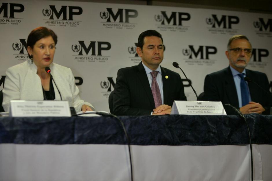 El presidente Morales se trasladó hasta el MP. (Foto: Wilder López/Soy502)