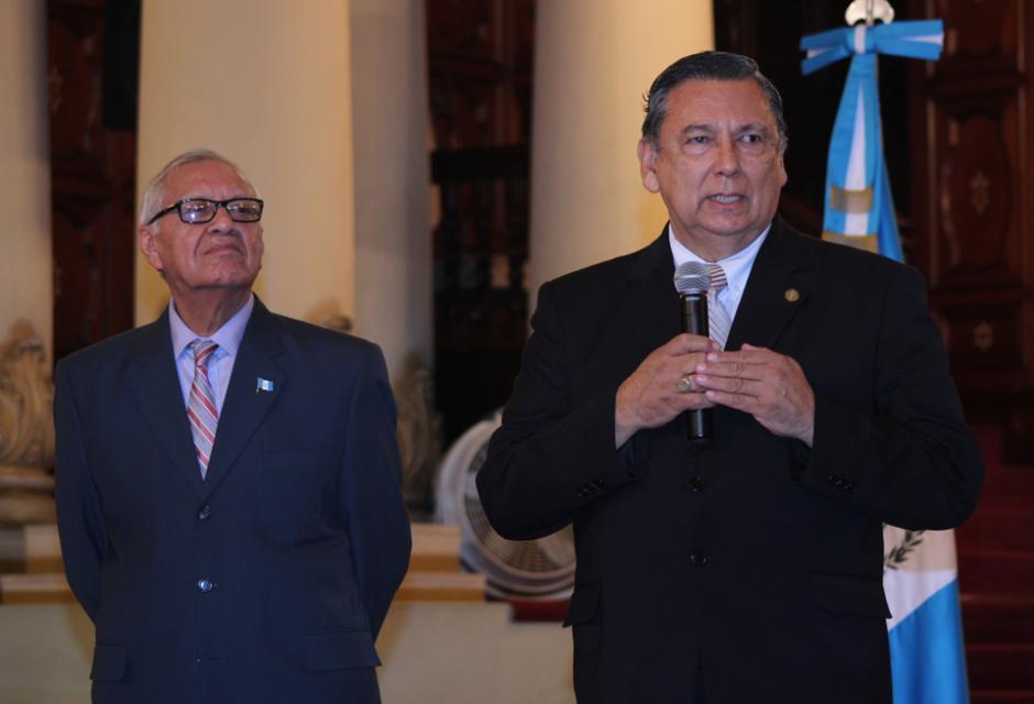 El vicepresidente Alfonso Fuentes brindó su primera conferencia de prensa junto al presidente Alejandro Maldonado. (Foto: Alejandro Balán/Soy502)