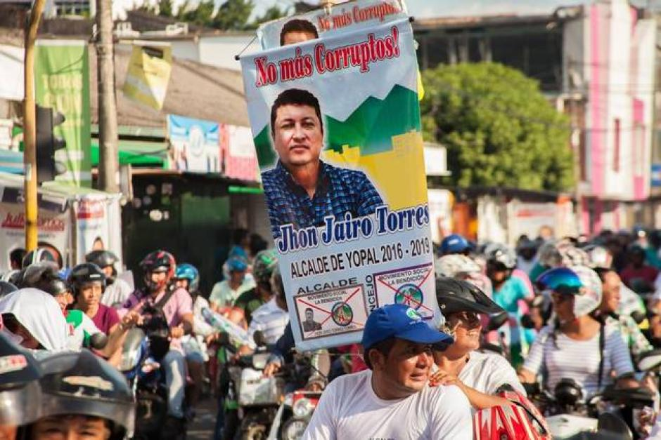 John Jairo Torres, candidato del movimiento social La Bendición, logró 24,515 votos, equivalente al 34.33 %, con lo que superó a Arcenio Sandoval (19.82 %), del partido Centro Democrático. (Foto:www.miamiherald.com)