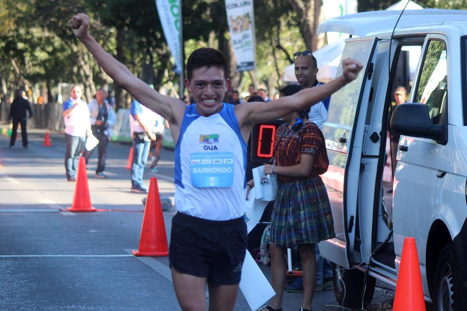 José Alejandro Barrondo ganó en la categoría mayor masculina del V Campeonato Centroamericano de Marcha. (Foto: José Dávila/Soy502)