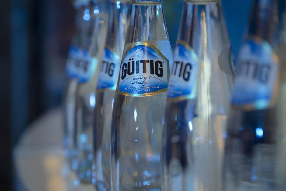 Güitig pertenece al 1% de las aguas en el mundo que poseen gas natural. (Foto: George Rojas/Soy502)