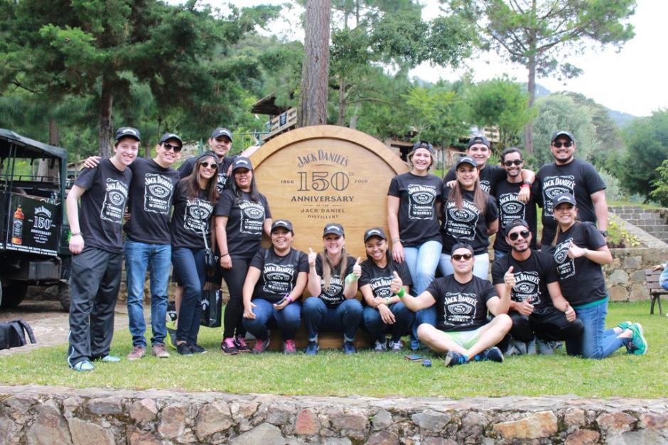 """Jack Daniel's y Distribuidora Alcazarén realizaron el concurso de la  """"Búsqueda del barril"""" donde participaron 10 finalistas. (Foto: cortesía Jack Daniel´s)"""