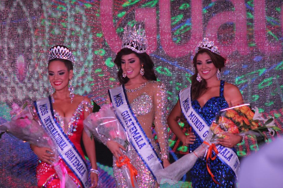 De izquierda a derecha: Saida Jerónimo, Miss Internacional Guatemala; Jeimmy Aburto, Miss Guatemala; y María José Larrañaga, Miss Mundo Guatemala. (Foto: Alejandro Balan/Soy502)