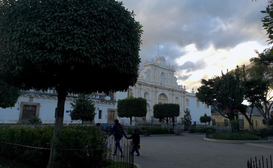 El experimento comenzó en Antigua Guatemala cerca de las siete de la mañana. (Foto: Fredy Hernández/Soy502)