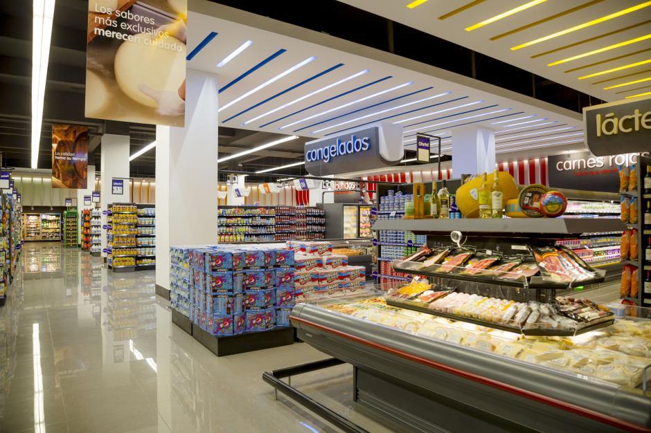 Ambientes más agradables para el consumidor destacan en esta nueva sucursal. (Foto: George Rojas / Soy502)