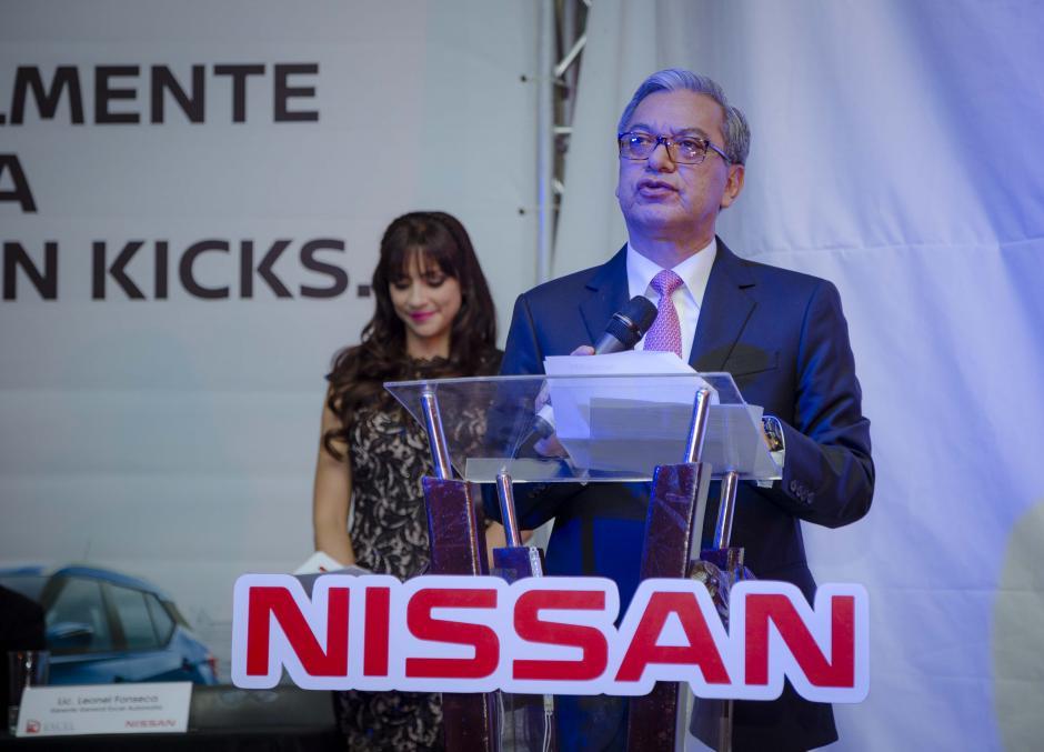 Leonel Fonseca, gerente general de Excel Automotriz, presentó la nueva Kicks. (Foto: George rojas/Soy502)