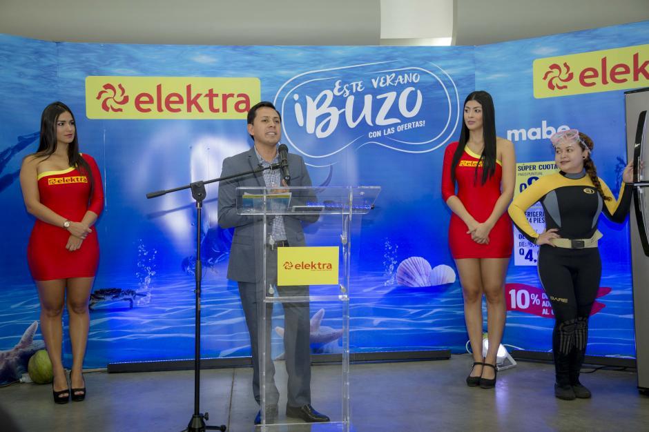 Fredy Pérez, director comercial de Tiendas Elektra, comentó acerca de las grandes ofertas que habrán en todas las tiendas del país. (Foto: George Rojas/Soy502)