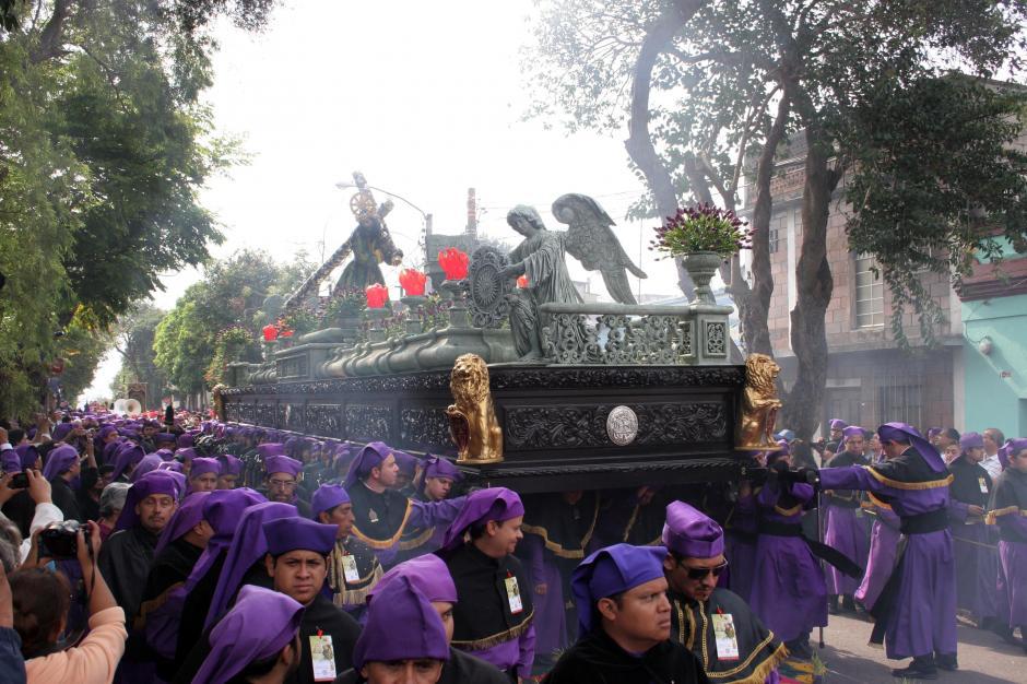 Debido a los sentimientos que inspira en sus devotos, Jesús de La Merced ha recibido la dedicatoria de más de 20 marchas. (Foto: Raúl Illescas/Soy502)