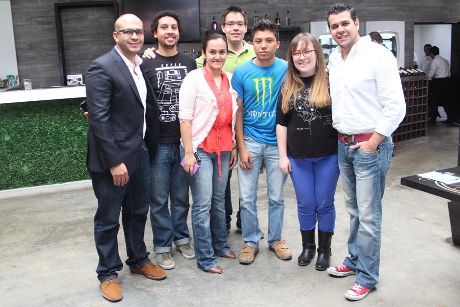 El equipo de la empresa MilknCookies, los creadores de la aplicación Memorattic. (Foto: Alejandro Balan/Soy502)