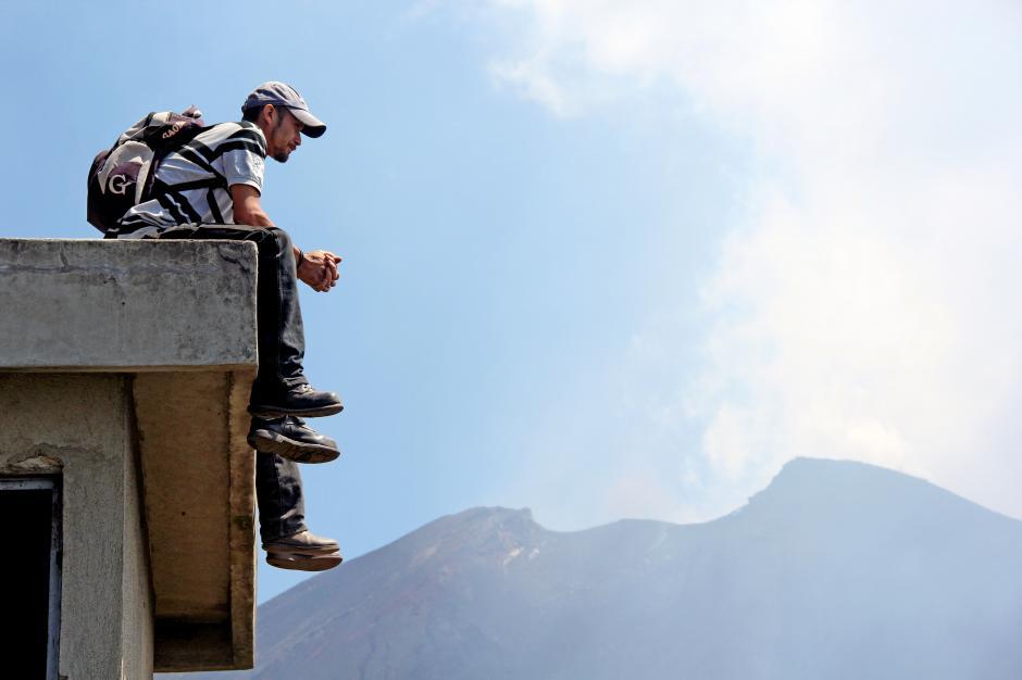 Los lugareños de San Vicente Pacaya han pasado por muchas erupciones y alertas, tan sólo esperan la siguiente. (Foto: Esteban Biba/Soy502)