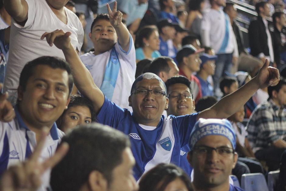 El Mateo Flores lució abarrotado para el juego entre Guatemala y Estados Unidos. (Foto: José Dávila/Soy502)