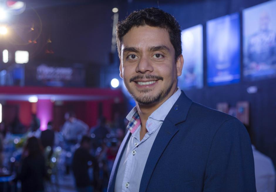 Jayro Bustamante, cineasta y director de la película Ixcanul, ganadora de  más de 40 premios. (Foto: George Rojas/Soy502)