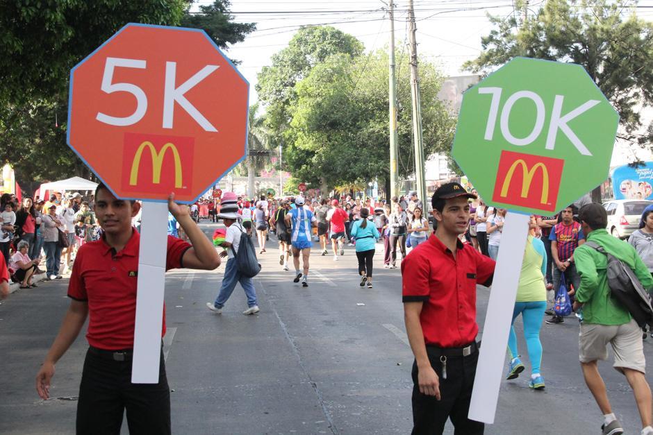 La carrera se realizó en el Obelisco, parte de la avenida Reforma y avenida de Las Américas. (Foto: Antonio Ordoñez/Soy502)