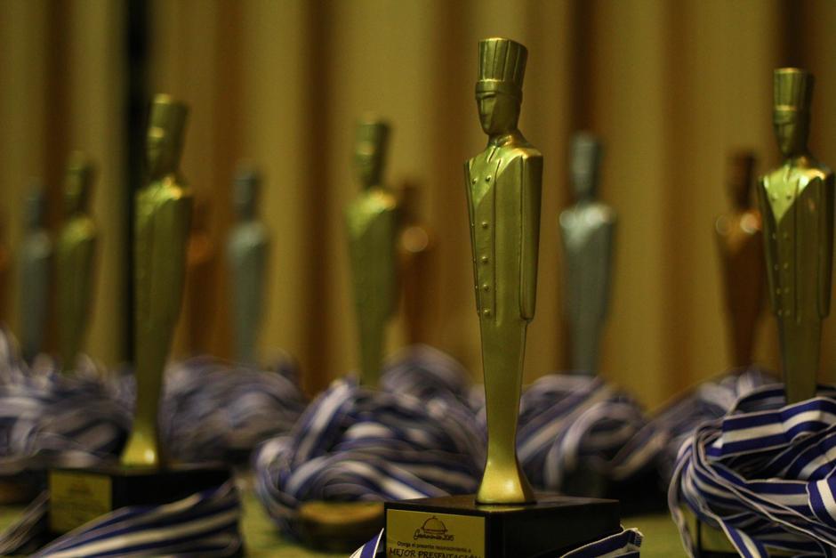 Los mejores platillos fueron premiados por los jueces de trayectoria internacional. (Foto: Alexis Batres/Soy502)