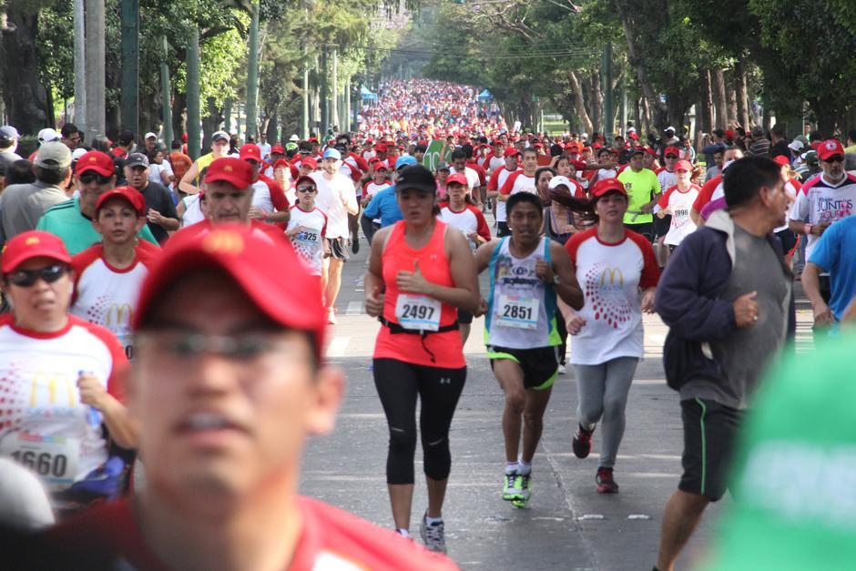 Más de 3,500 personas se inscribieron en la carrera. (Foto: Antonio Ordoñez/Soy502)