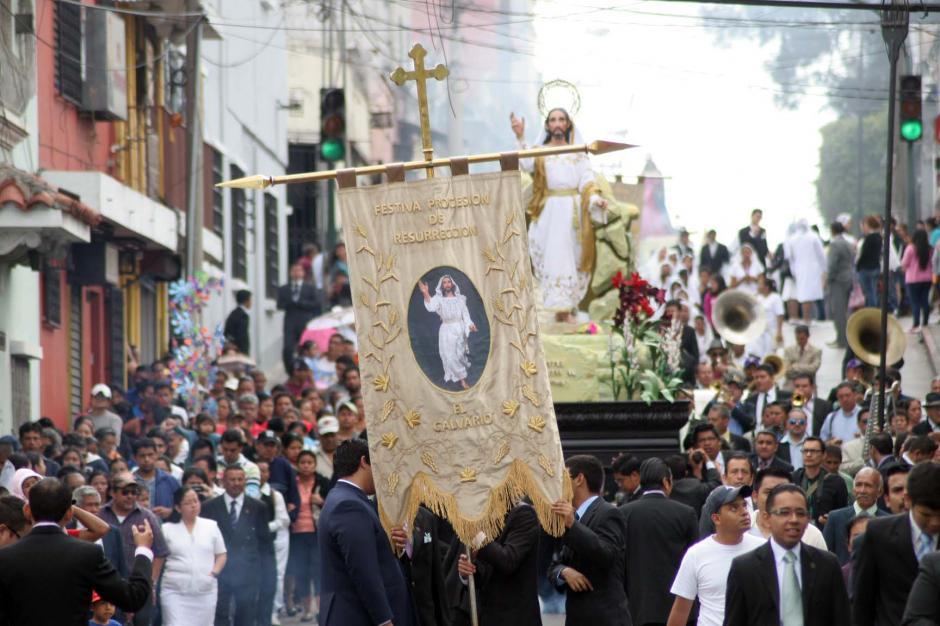 Este cortejo procesional es una fiesta que conmemora la resurrección de Jesús. (Foto: Raúl Illescas/Soy502)
