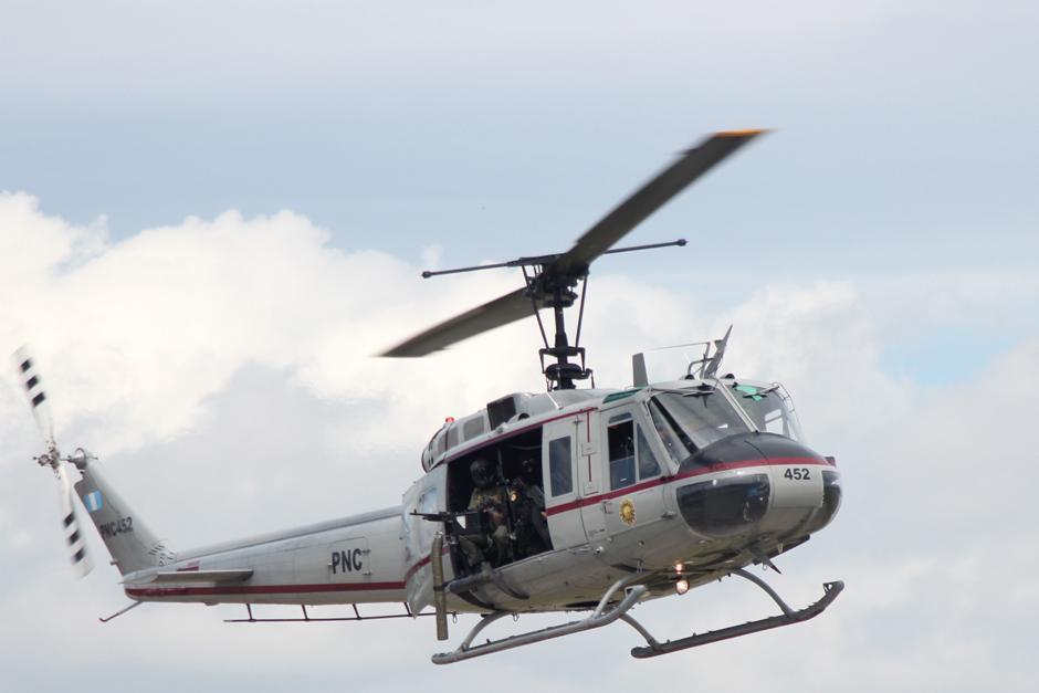 Varios helicópteros sobrevolaron el área como parte del dispositivo de seguridad para garantizar el traslado de Orellana.(Foto: Alejandro Balan/Soy502)