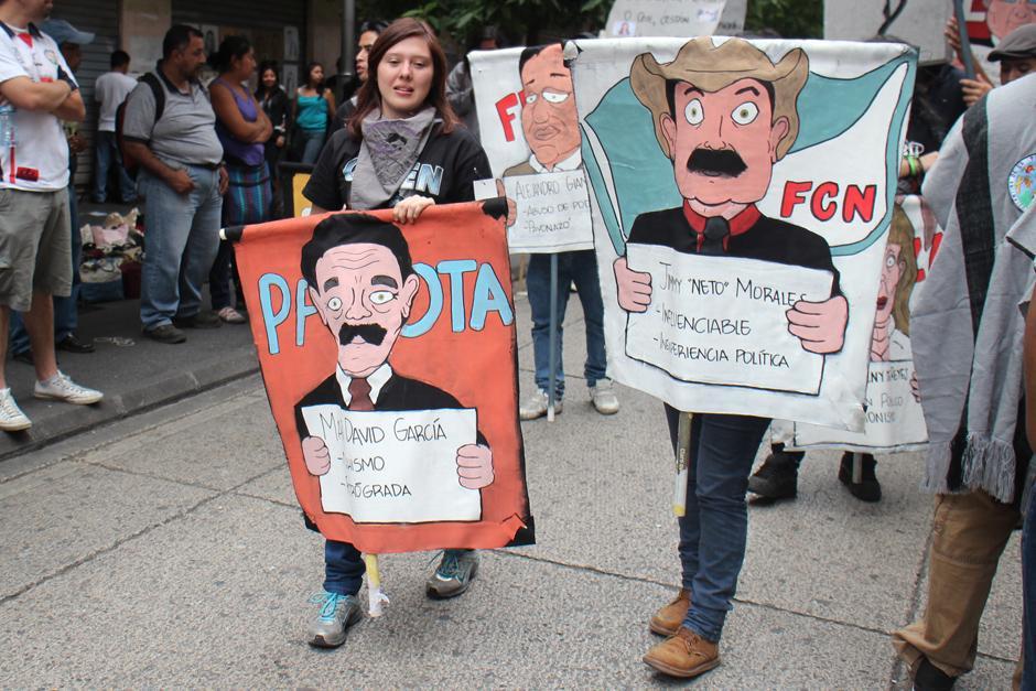 Ningún candidato se salvó de ser alcanzado por la sátira de los sancarlistas durante la Huelga Extraordinaria. (Foto: Alejandro Balan/Soy502)