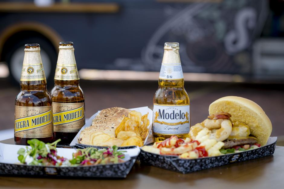 Deliciosos tacos, paninis y hamburguesas gourmet, serán algunos de los platillos que los consumidores podrán encontrar en los food trucks. (Foto: George Rojas/Soy502)