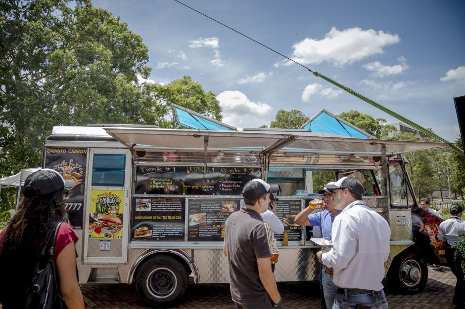 Las hamburguesas premium no podían faltar en la variedad de platillos que los food trucks ofrecerán al consumidor.(Foto: George Rojas/Soy502)