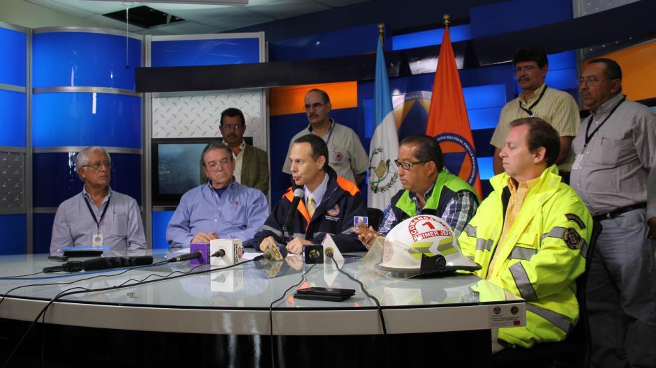 La CONRED todavía no tiene un análisis concluyente sobre los daños estructurales al edificio de la Terminal de la zona 4. (Foto: Antonio Ordoñez/Soy502)