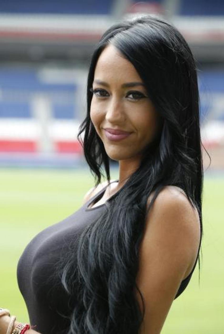 Los seguidores del equipo parisino notaron rápidamente la presencia de la hermosa chica. (Foto: Instagram)