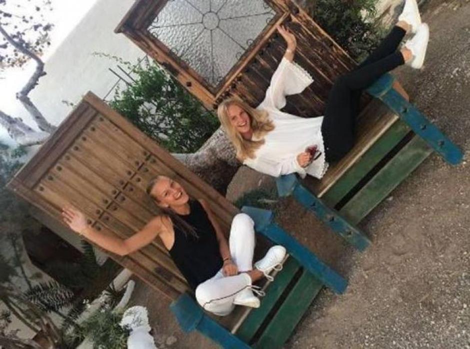 Las hijas de Frank de Boer han crecido y más de uno le grita al exjugador... suegro. (Foto: Instagram)
