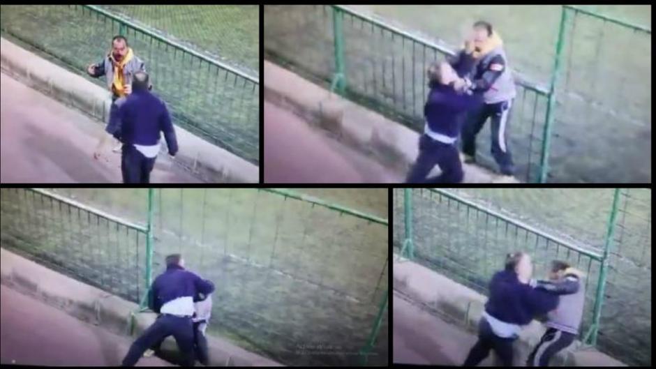 Los dos hombres adultos no pudieron evitar la violencia. (Foto: Twitter)