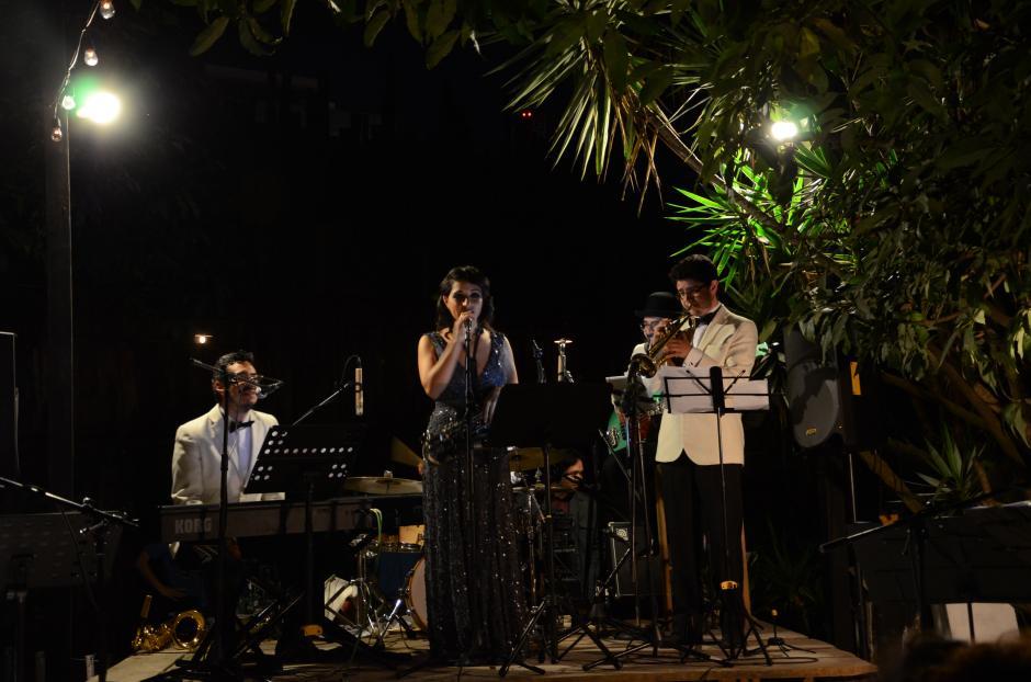 Imox Jazz se presentó ante personalidades de la música y socialités guatemaltecas. (Foto: Selene Mejía/Soy502)