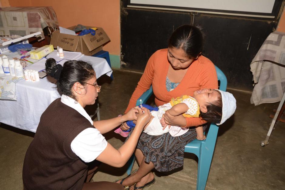7 de cada 10 niños menores de dos años no tienen todas sus vacunas. (Foto: Archivo/Nuestro Diario)