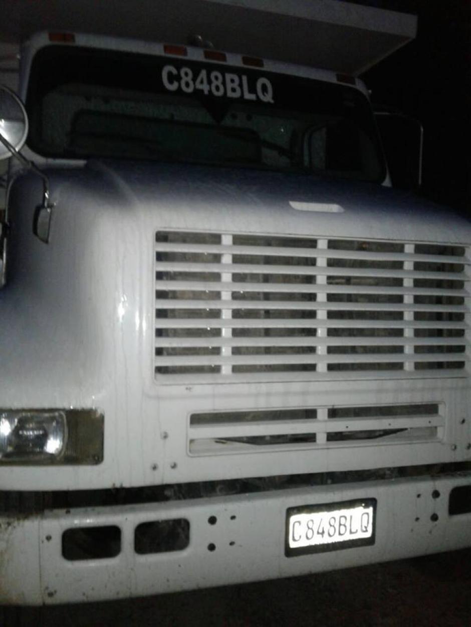 Este es el camión en el cual fue decomisado el ilícito. (Foto: PNC)
