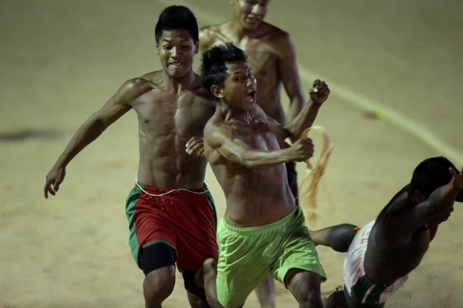 Competición de la carrera de 100 metros durante los Juegos Mundiales. (Foto: EFE)