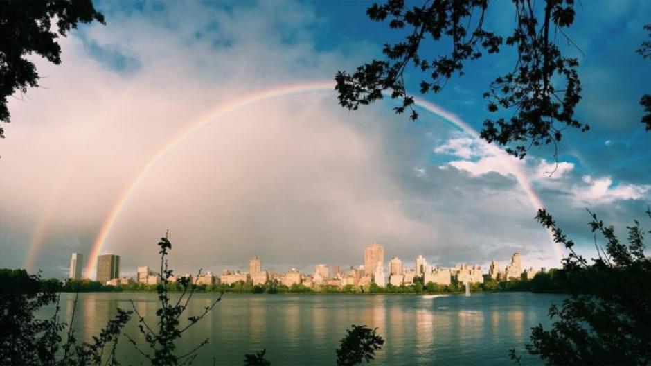 Esta fue la primer imagen difundida del arcoíris de 180 grados. (Foto: Instragram)