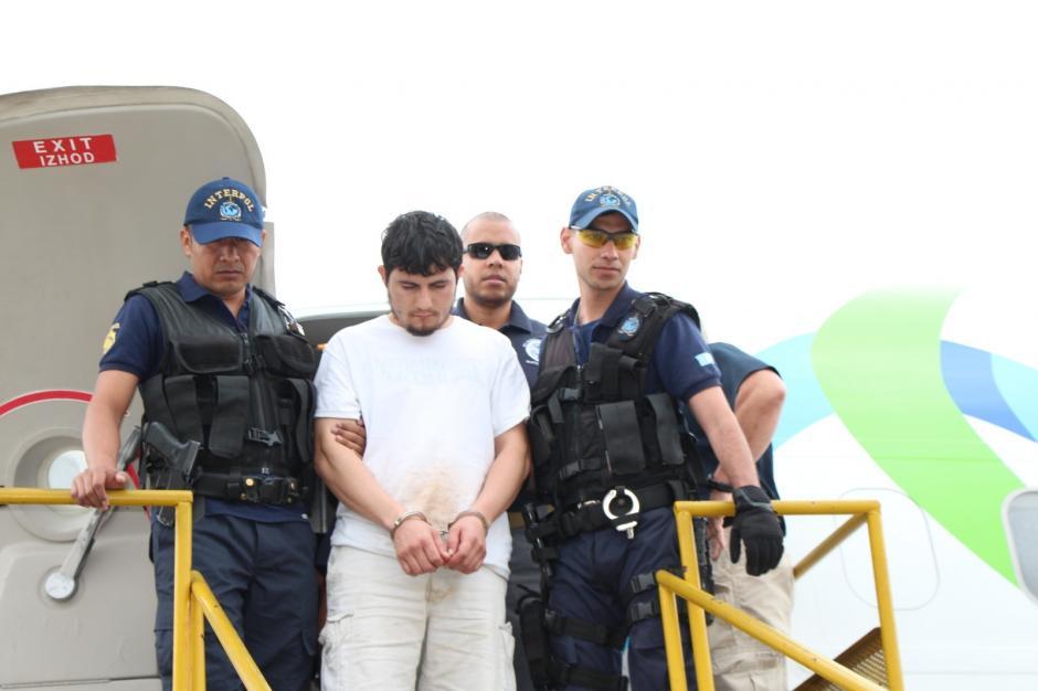 Fue detenido por el delito de asesinato. (Foto: PNC)