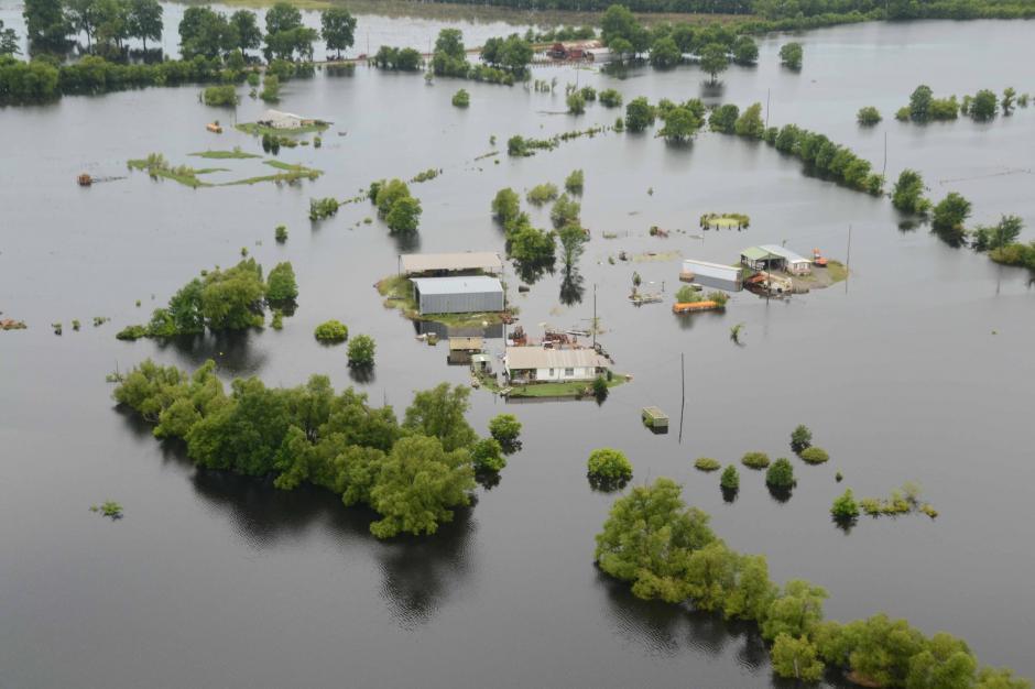Las inundaciones han dejado a miles de damnificados. (Foto: ejecentral.com.mx)