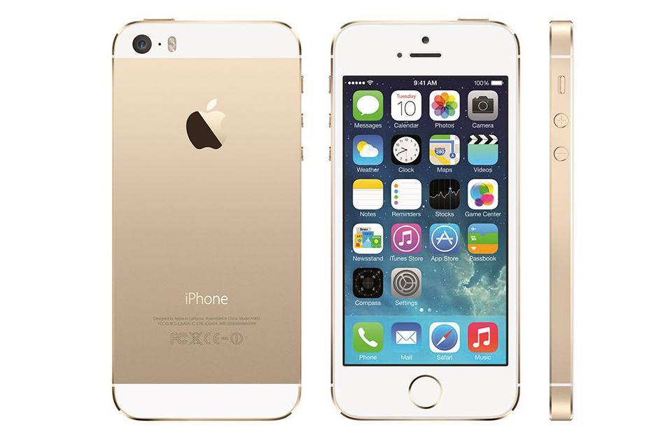 El iPhone 5S es casi idéntico en apariencia al iPhone 5 en el primer vistazo. Con nuevas combinaciones de colores se diferencia del 5, y una opción de oro ofrecen una alternativa al típico negro o blanco. Apple también rediseñó su botón de inicio por primera vez con las del iPhone 5S, la adición de un sensor identificación de huellas dactilares para desbloquear el dispositivo con sólo tocar con el dedo el botón de inicio. (Foto:The Vergue)