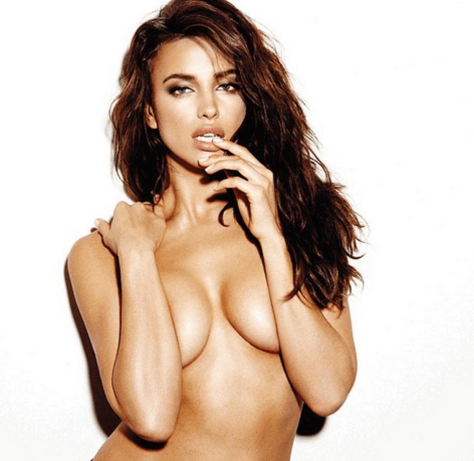 Irina Shayk y sus fotos candentes siguen escribiendo una historia entre la modelo y sus millones de fans.