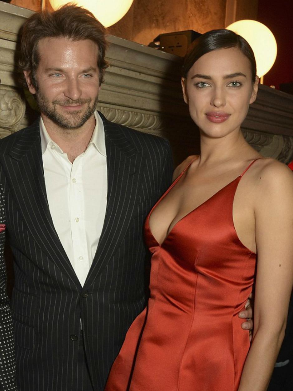 Se rumora que la pareja del actor Bradley Cooper tendrá su primer bebé. (Foto: Marca)