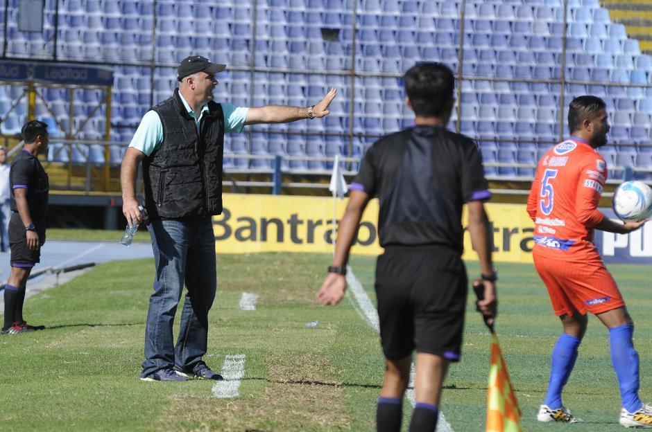 Iván Sopegno no ha podido ganar desde que regresó a los cremas. Empate en la primera jornada y derrota en la segunda.(Foto: Nuestro Diario)