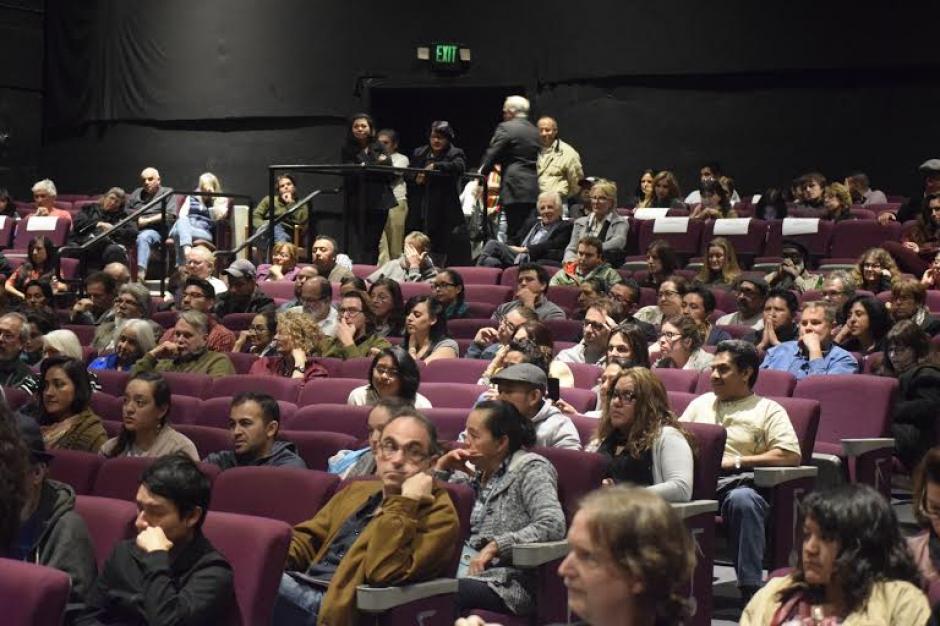 Una sala especial en Santa Mónca, California fue habilitada para presentar la película Ixcanul. (Foto: Maynor Ventura)