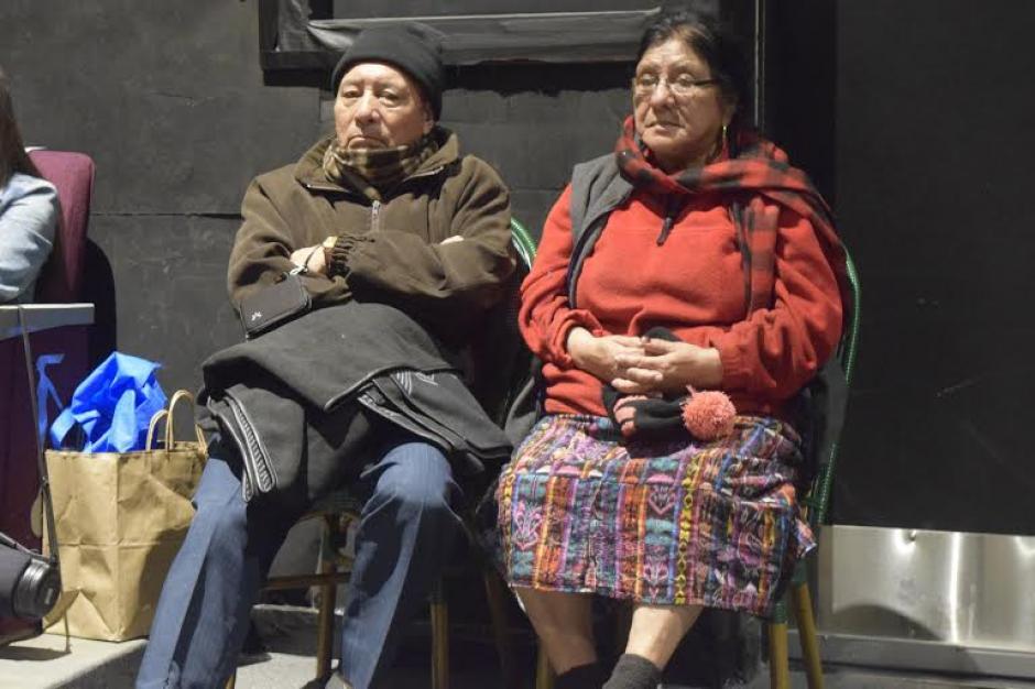 Guatemaltecos en la sala donde se exhibió Ixcanul en California. (Foto: Maynor Ventura)